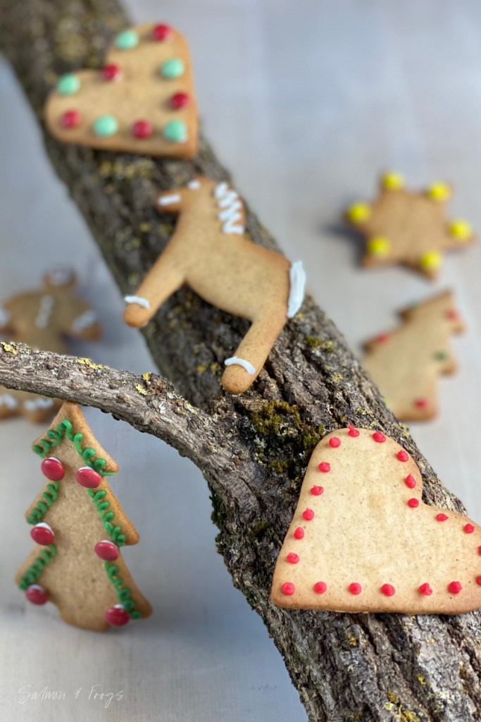 These Gingerbread cookies will fill your home with the authentic Scandinavian scent, taste and atmosphere of Christmas.