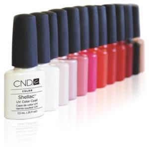 De gel nagellak van Shellac heeft een mooie lijn kleuren