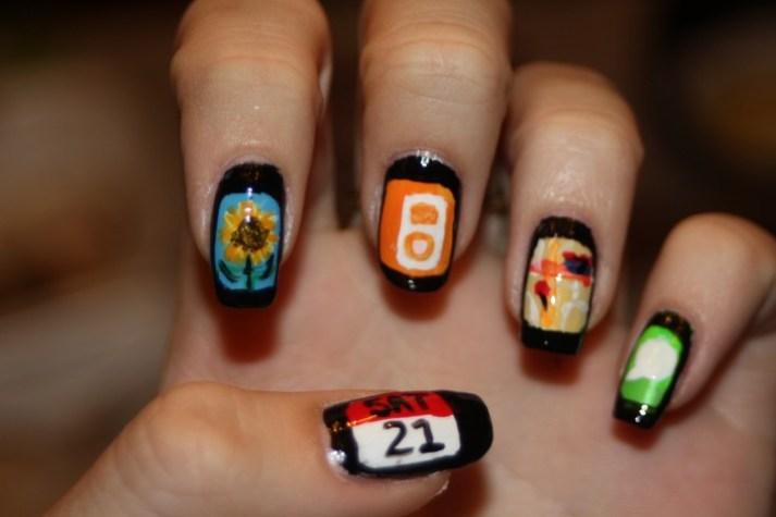 iPhone nail art