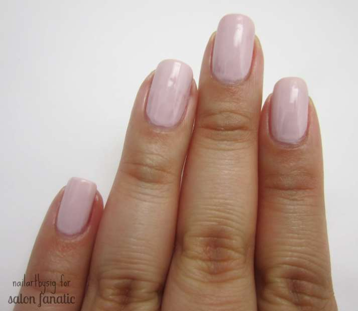 Easy Tape Manicure 3