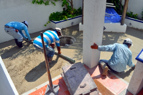 Leveling the cement