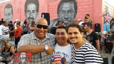 Walter Rentería (izq.), coleccionista y melómano empedernido, junto a Martín Gómez y Antonio Alvarez F., integrantes de Salserísimo Perú. (Foto: Salserísimo Perú)