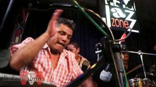 Ray Barreto, hijo de Mita, también se sumó a las filas de Luisito Carbajal en homenaje a Rubén. (Foto: Salserísimo Perú)