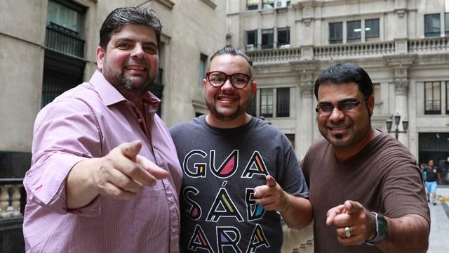 De izquierda a derecha: José Lugo junto a Luis Omar Sanabria y Pablo Padín, en una reciente visita a Lima. (Foto: Antonio Alvarez/Salserísimo Perú)