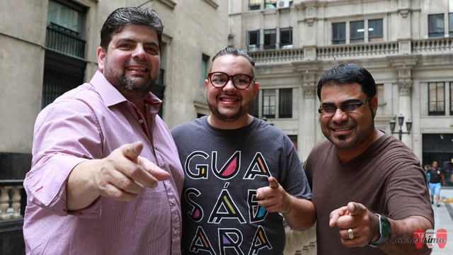 """José Lugo, Luis Omar Sanabria y Pablo Padín, en su visita reciente a Lima para promocionar su producción """"Dónde están"""". (Foto: Salserísimo Perú)"""