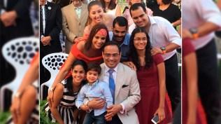 Gilberto Santa Rosa junto a sus acompañantes en la ceremonia realizada en San Juan, Puerto Rico. (Foto: Josenid Orozco - El Vocero de Puerto Rico)