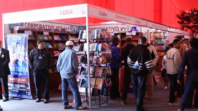 Tras aterrizar, el Septeto Nacional llegó a la Feria Internacional del Libro que se realiza en el distrito de Jesús María. (Foto: Salserísimo Perú)