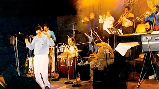 Héctor Lavoe en uno de sus shows realizados en la Feria del Hogar. (Foto: Jhony Torres)