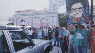 Una gran multitud se reunió para despedir por última vez al 'Jibarito de Ponce'. (Foto: Cortesía Priscila Vega)