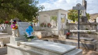 Tumba donde reposan los restos de Héctor Lavoe. (Foto: Antonio Alvarez F./Salserísimo Perú)