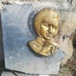 Callao: placa de Celia Cruz está rota y en peligro de ser robada