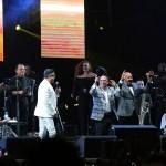 Gilberto Santa Rosa celebró con hits su 40 aniversario en Lima