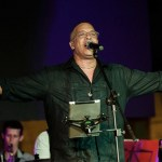 Issac Delgado regresa al mercado con el álbum 'Lluvia y fuego'
