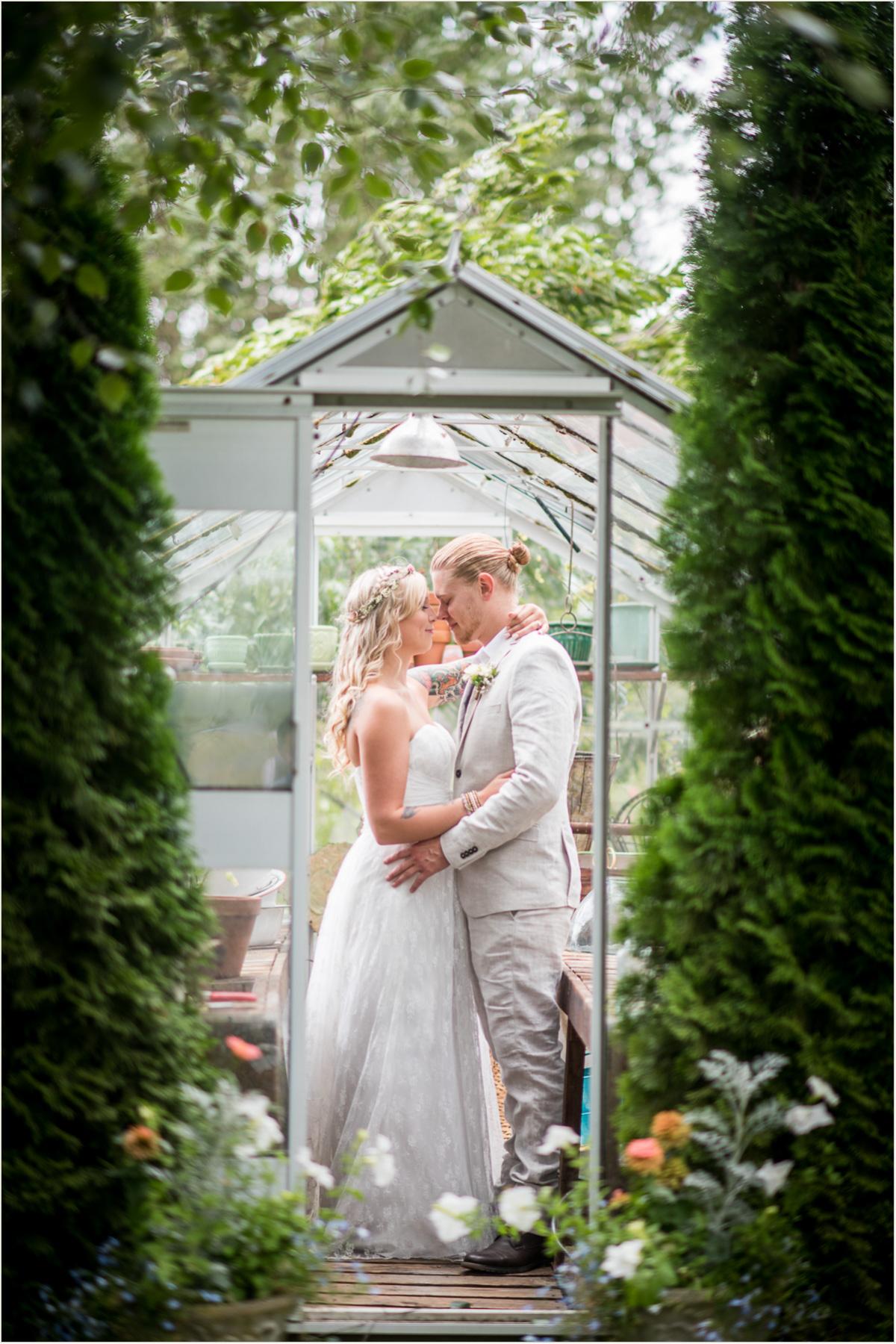 Vintage Garden Wedding Seattle Wedding Photographers
