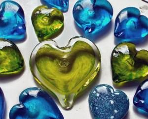 ©SALTglassstudios GREEN BLUE glasss Hearts BGDSCF2768