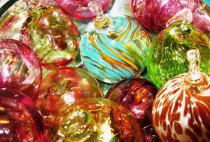 Festive Glass Blowing Bauble Course 2018 – 2pm – 5pm @ SALT Glass Studios | Burnham Thorpe | United Kingdom