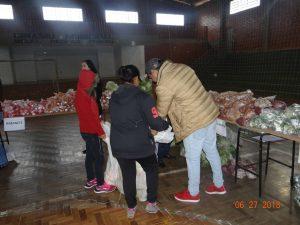 36281880_872603339615269_254114591926124544_n-1-300x225 Mais uma distribuição de alimentos do Programa de Aquisição de Alimentos (PAA)