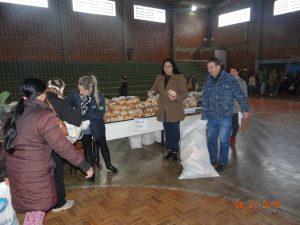 36388722_872602749615328_1282123526848905216_n-1-300x225 Mais uma distribuição de alimentos do Programa de Aquisição de Alimentos (PAA)