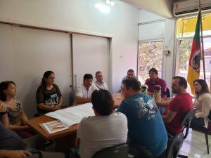 WhatsApp-Image-2019-04-26-at-14.59.28-1-300x225 Prefeito se reuniu com secretários e vereadores e equipe de engenharia para apresentação do projeto de revitalização da Avenida Pio XII.