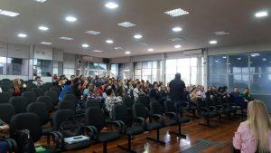 59790964_10205757785219596_4606652290986672128_n-300x169 Conferência Municipal de Implementação do Currículo Referência do Território Municipal 2019.