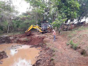WhatsApp-Image-2019-05-20-at-17.20.55-16-300x225 Secretaria Municipal de Agricultura em Ação!!!