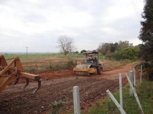 69860050_632769363797706_1872508502996418560_n-300x225 Recuperação de acesso no Distrito de Capão Bonito.