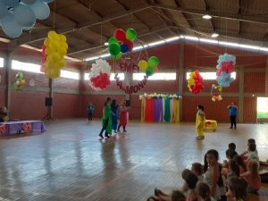 WhatsApp-Image-2019-10-10-at-09.54.32-1-300x225 Festa das EMEIS Harmonia, Lorien Brescansin e Pingo de Gente.