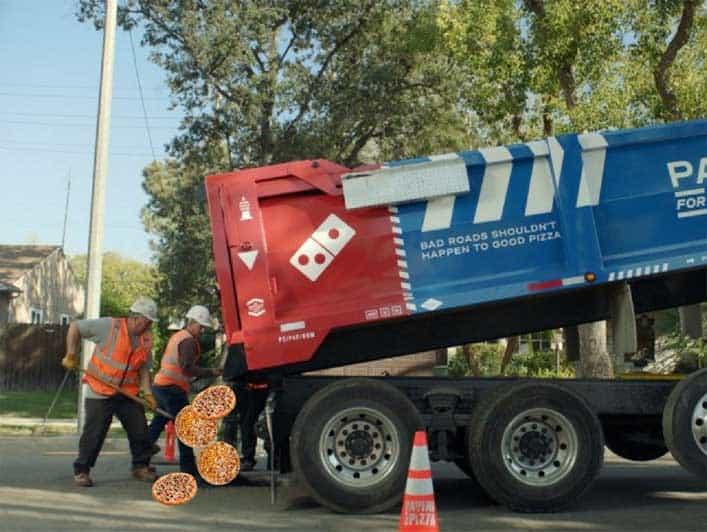 dominos potholes