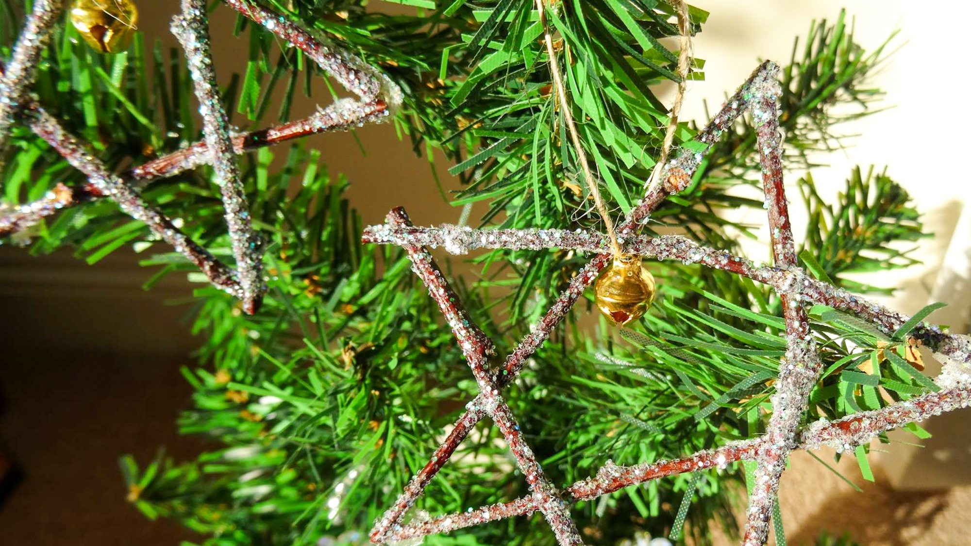 Make your own homemade Christmas tree decorations Salty