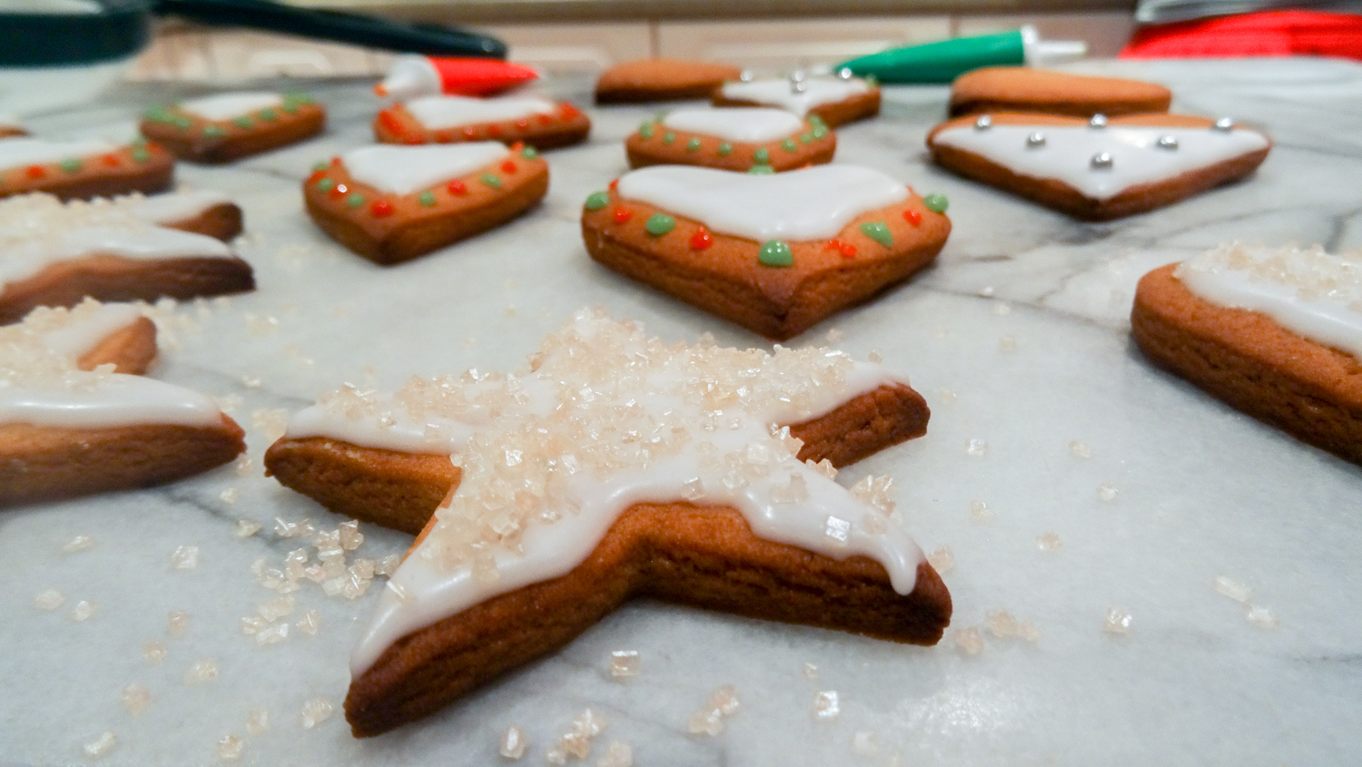 gingerbread biscuits for christmas treat