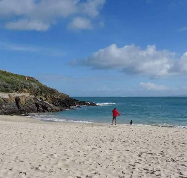 It definitely felt like Spring on Porthgwidden Beach this morning!hellip