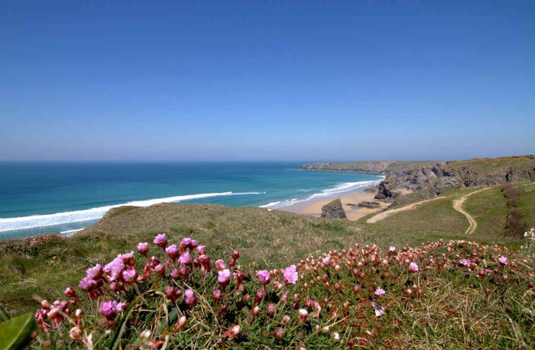 bedruthan steps iconic cornish landmarks landscapes