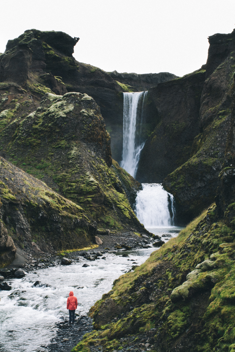 Hiking the Fimmvörðuháls trail in Iceland - wow!! This is a bucket list item for sure! | Travel Iceland | saltyspaces.com