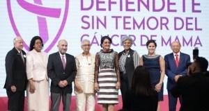 Primera Dama Cándida de Medina presenta campaña contra cáncer de mama