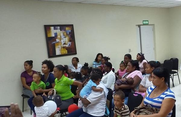 Niños con desnutrición de Pedro Brand recibirán atenciones médicas y suplementos proteicos