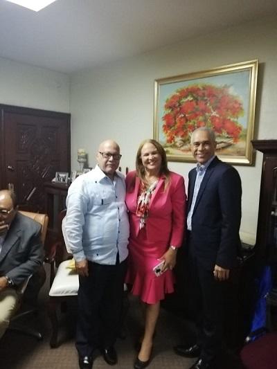 Coral Pereyra promete llevar educación continua a miembros de La Agrupación