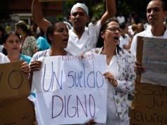 Enfermeras en huelga del Calventi llegan a acuerdos con el SNS