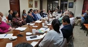 Sociedades Médicas asisten en pleno a primera reunión nuevo presidente del Consejo