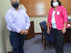 SNS y enfermeras acuerdan acciones a favor de las auxiliares sanitarias