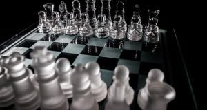 Roche y Novartis: batalla entre suizas, no todo es COVID-19