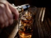 Aconsejan no consumir alcohol antes o después de ser vacunados contra Covid-19