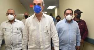 """""""Eso es un grave problema. Prácticamente insostenible"""" dice Abinader sobre parturientas haitianas en hospitales del país"""