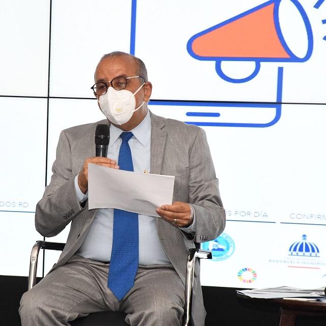 Ministro Salud cita avances en cumplimiento de componentes para afrontar Covid-19; celebran rueda de prensa