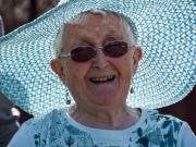 Especialistas advierten mujeres posmenopáusicas tienen mayor riesgo padecer osteoporosis
