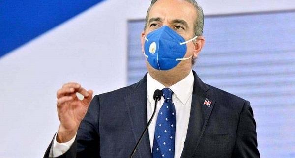 """""""El país está cansado"""" de luchar contra el COVID-19 dice Presidente Abinader"""