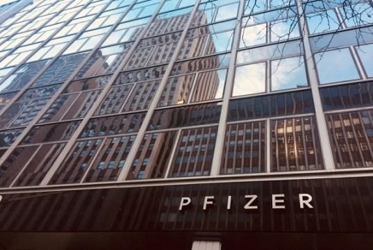 La FDA autoriza la vacuna de Pfizer para menores de 12 a 15 años