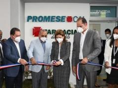 Promese inaugura moderna Farmacia del Pueblo en Ciudad Sanitaria Dr. Luis E. Aybar