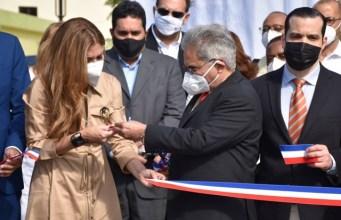 El CMD y Alcaldía DN rinden homenaje a médicos fallecidos por Covid-19