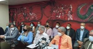 "Médicos endurecen su posición frente a las ARS: harán ""gran marcha nacional"" en reclamo de aumento de honorarios"