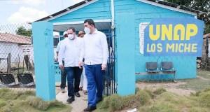 Mario Lama supervisa estado centros de salud Montecristi y Dajabón
